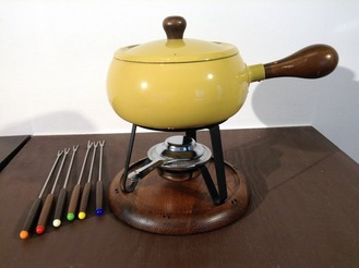 Mustard Yellow Fondue Set With Fondue Forks