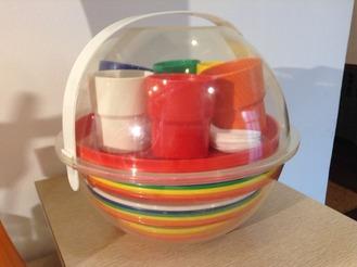 Multicolor Plastic Picnic Set, Service for 6