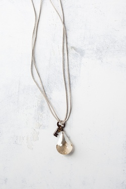 Lucy's Inspired : Emma Necklace