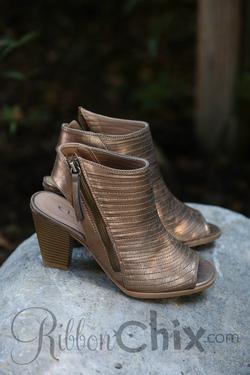 Runaway Heel (Shimmer Bronze)