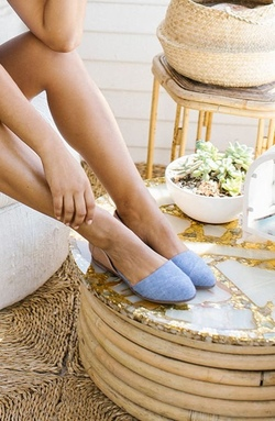 TOMS Jutti Flat ~ Honey Leather and Blue Chambray
