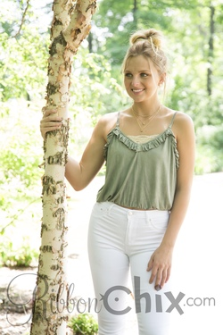 Stroll On The Beach Top (Olive)