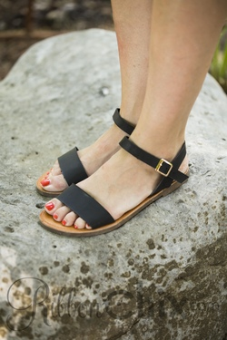 Fely Sandals
