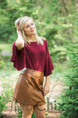 Changing Thoughts Top (Wine)