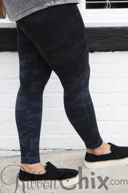 SPANX ~ Look At Me Now Leggings (Black Camo)