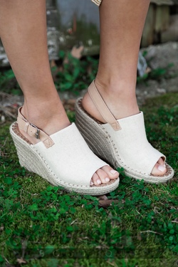 Toms Monica Natural Oxford Wedge