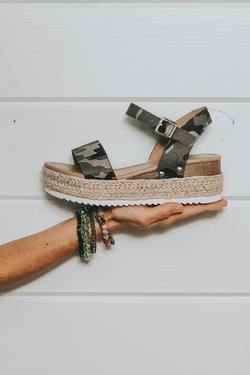Topic Clip Sandal (Camo)