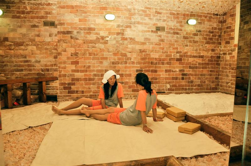 SALT SAUNA  This type of sauna paired with the help of thousand year old  salt containing minerals  such as calcium  magnesium  iron  sodium and  selenium   Riviera Health Spa   Korean Spa   Saunas for Men and Women. Men S Bath House Orange County. Home Design Ideas