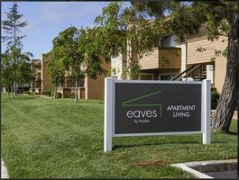 Eaves Foster City Apartments