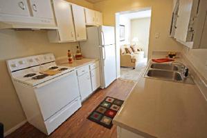 Timberline Apartments North Kansas City