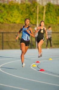 Alexis Newberry's Women's Track Recruiting Profile