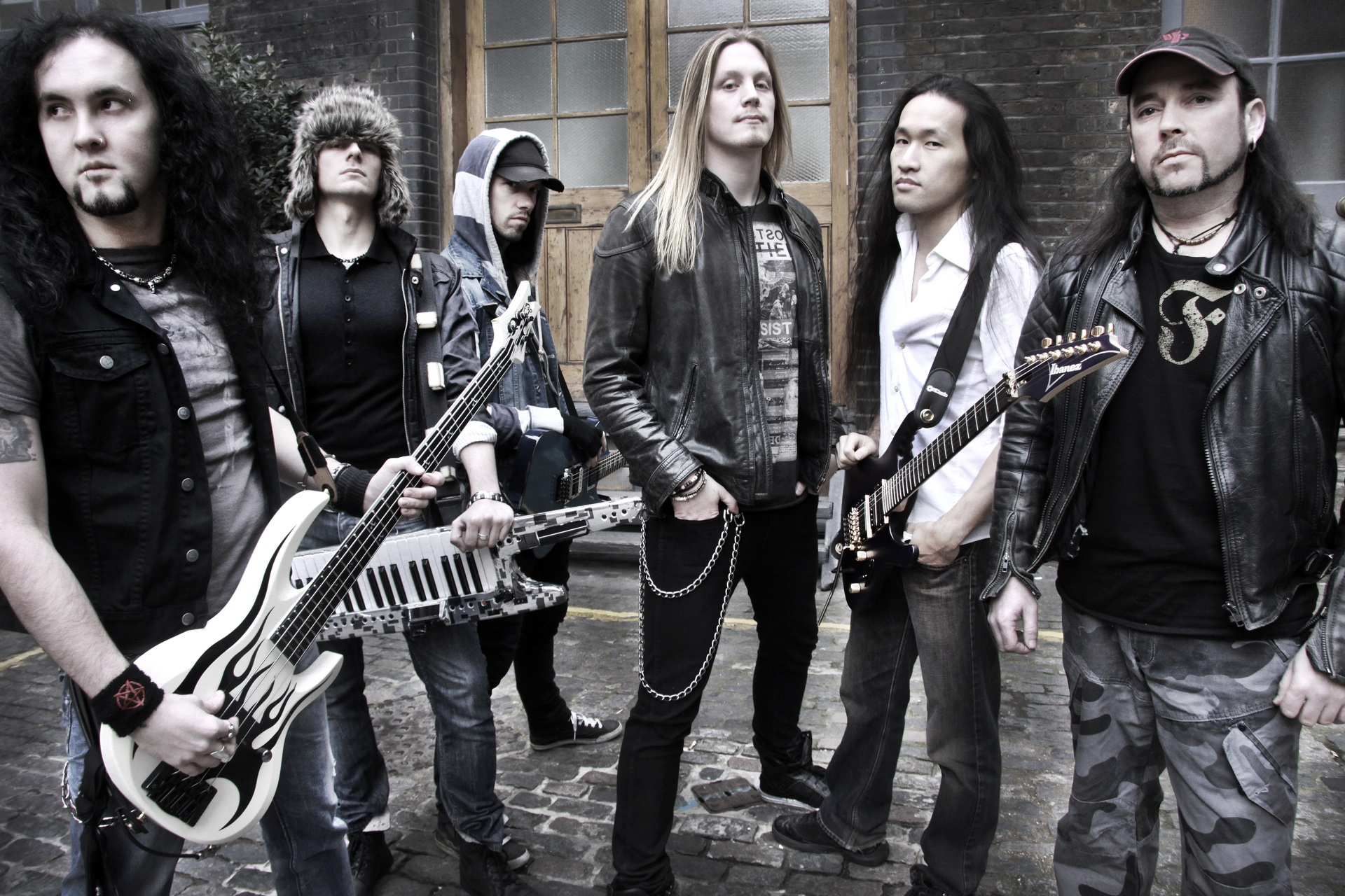 Dragonforce Group Shot 1