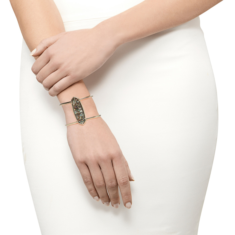 Model Content for Kendra Scott Lawson Cuff in Crushed Abalone