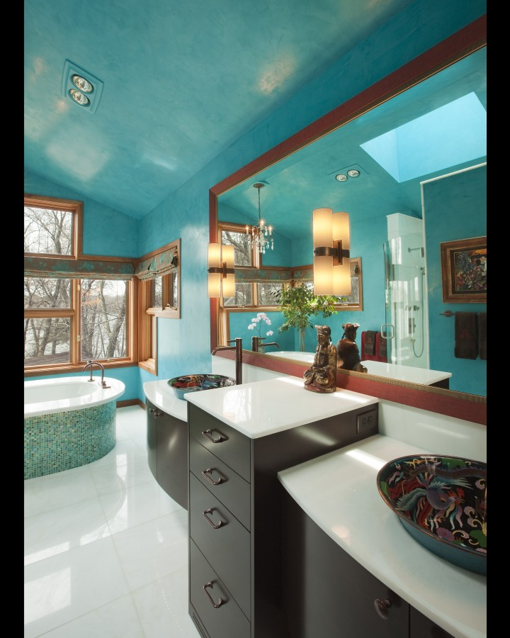 Turquoise and brown bathroom