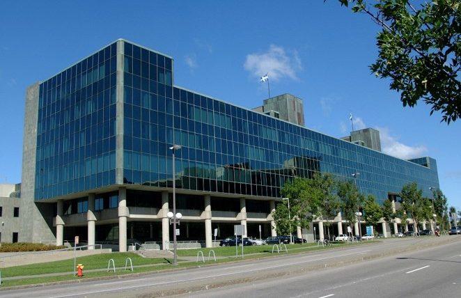 Le docuréalité DANS LES COULISSES DU PALAIS : un accès  privilégié au palais de justice de Québec