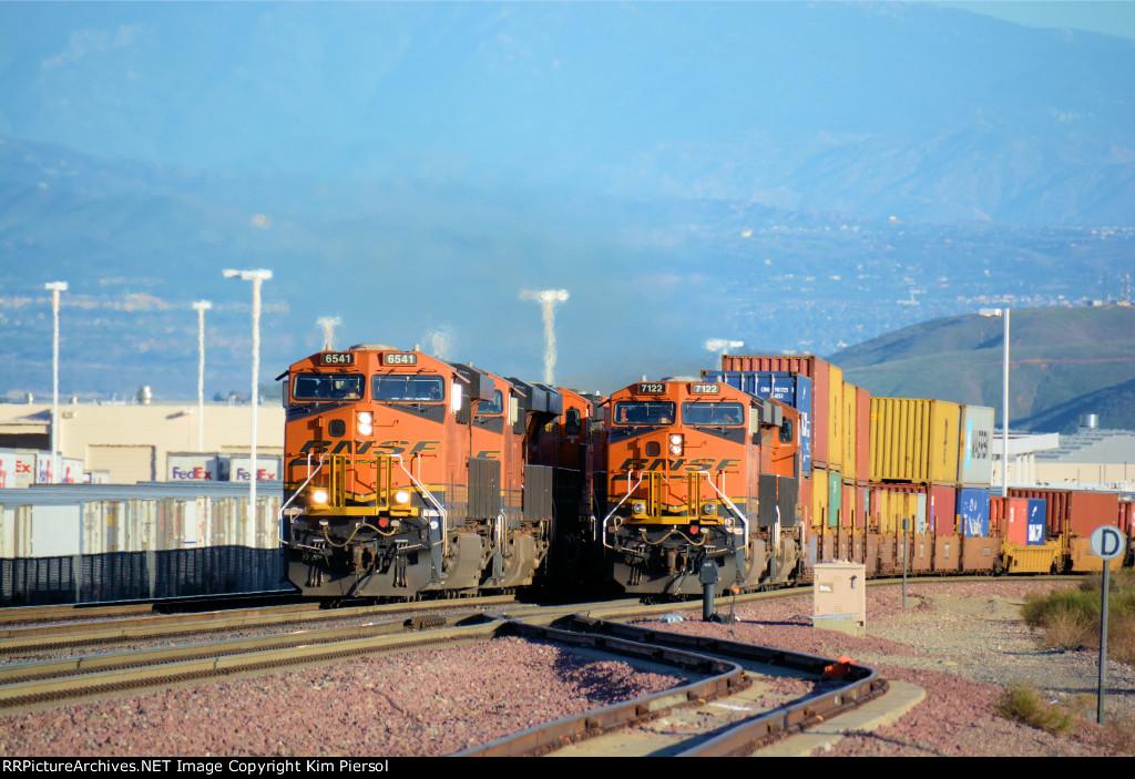 BNSF 6541