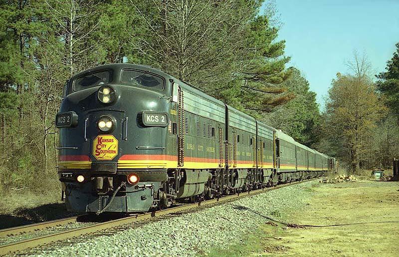 KCS 2003 Holiday Express