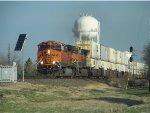 BNSF ES44DC 7804