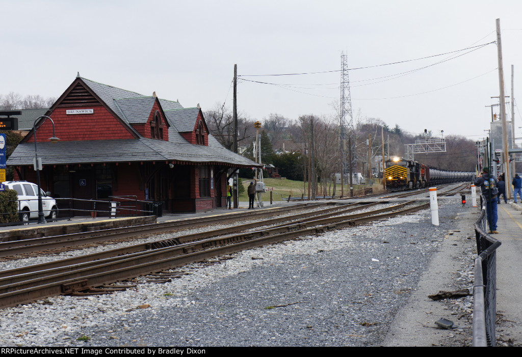 NS 8100 is on the move