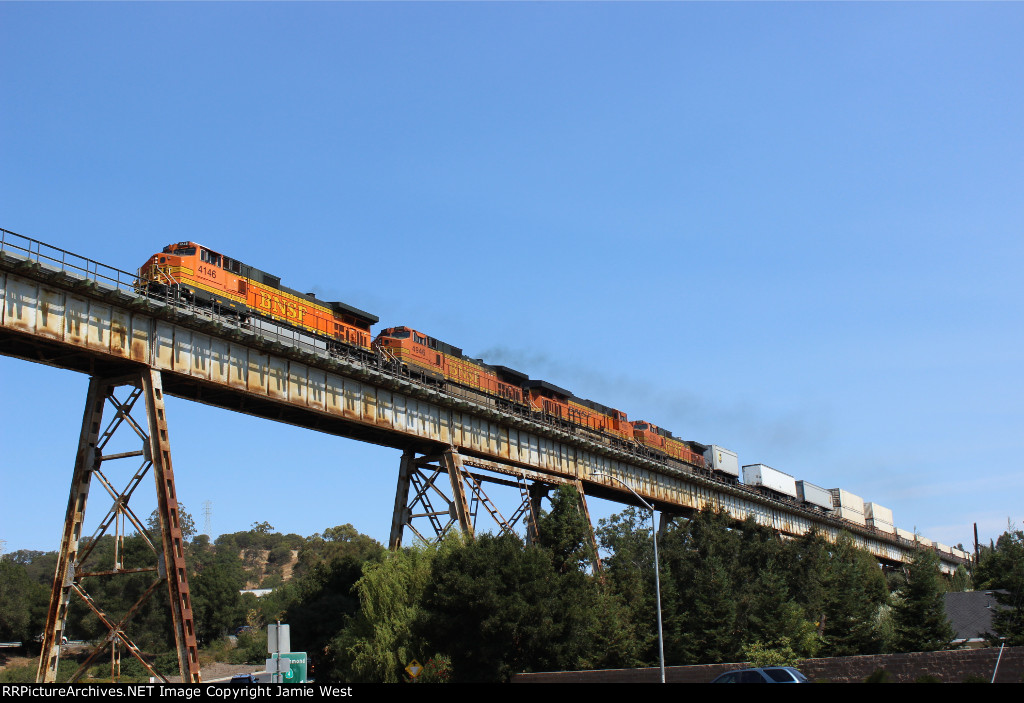 BNSF Crosses the Muir Trestle