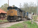 Mar 31, 2007 - CSX 4831 leads V486 past station