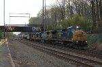 CSX C40-8W #7325 on Q417-01
