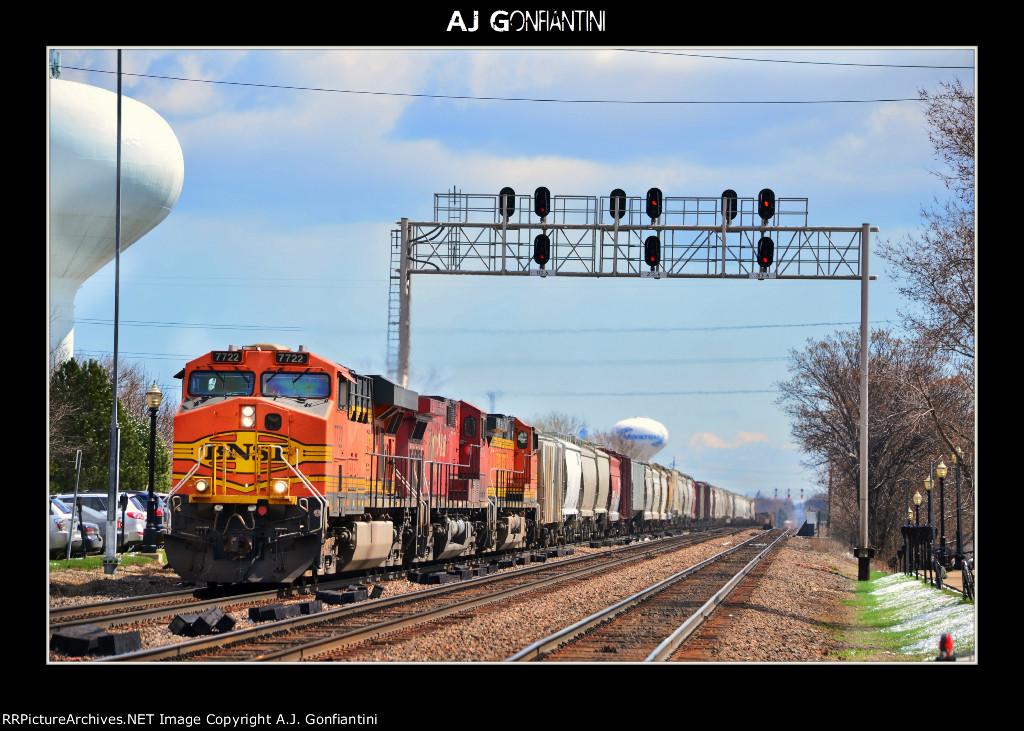 BNSF 7722, CP 9515, BNSF 4758