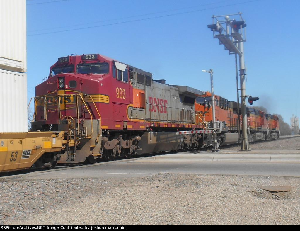 BNSF 933