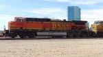 BNSF 5660 Awaiting Crew Change