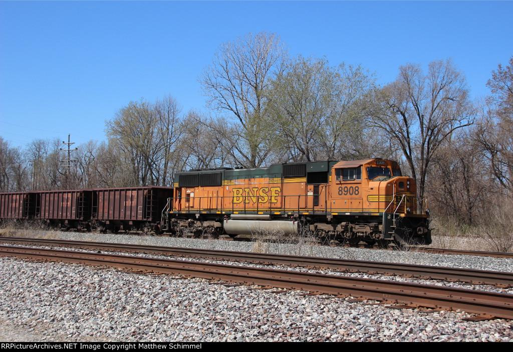BNSF 8908 - DPU