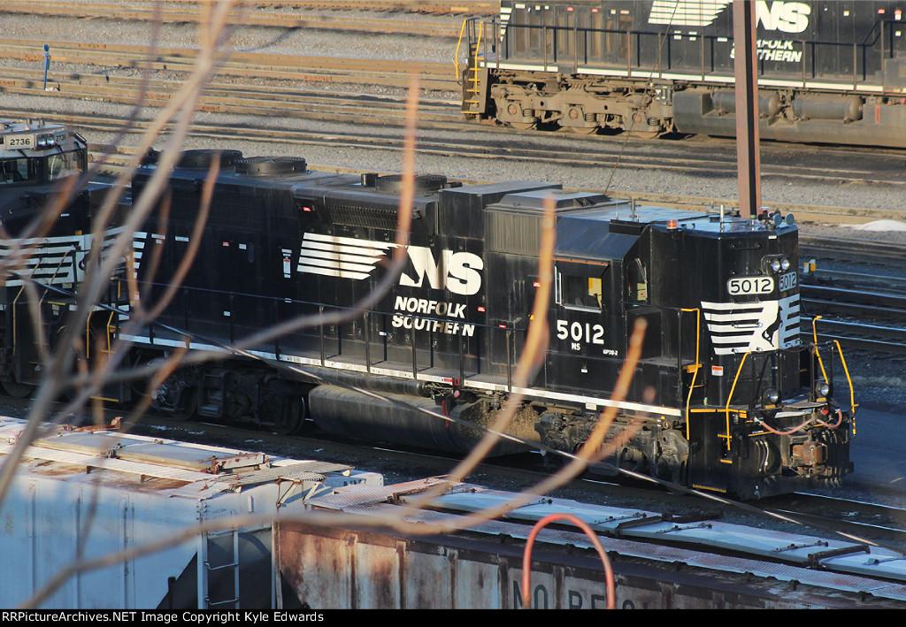 NS GP38-2 #5012