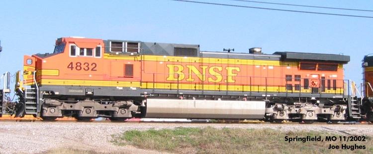 BNSF 4832
