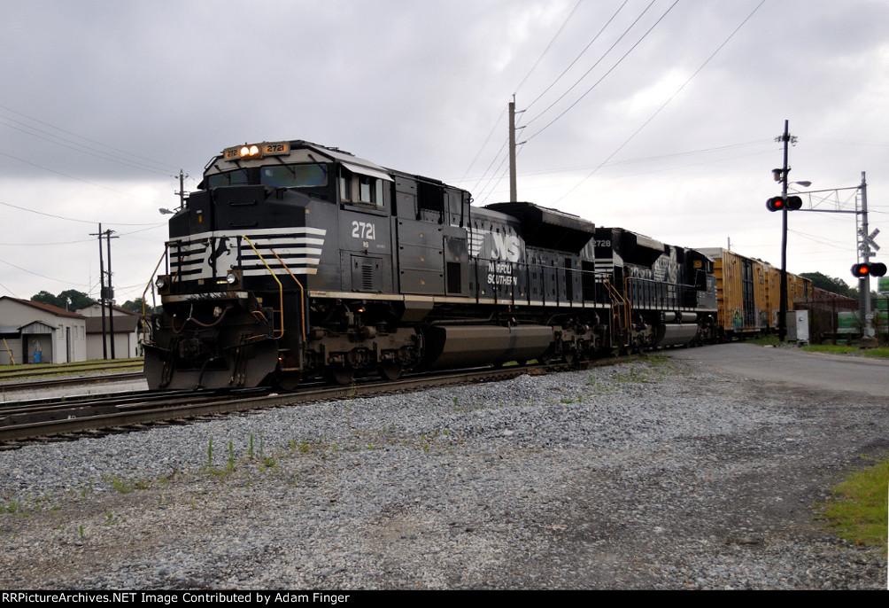 NS 2721 on NS 330