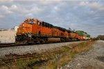 BNSF 7007 on NS 285