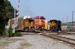 BNSF 637 Warbonnet and the Nickel Plate at NS Simpson Yard