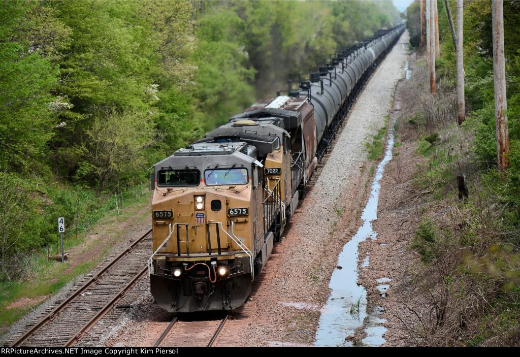 UP 6575 CSX Train K036 Crude Oil Loads