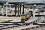 UP 8532 Leads a freight around the West Bottoms..