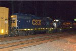 CSX GP40-2 6350 and CSX GP38-2S 6159 front to front on Q409-08