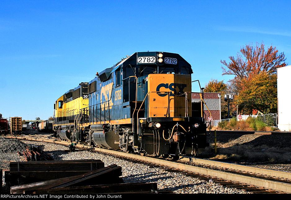 CSX 2782 on NYSW 3018