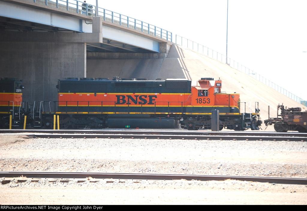 BNSF 1853