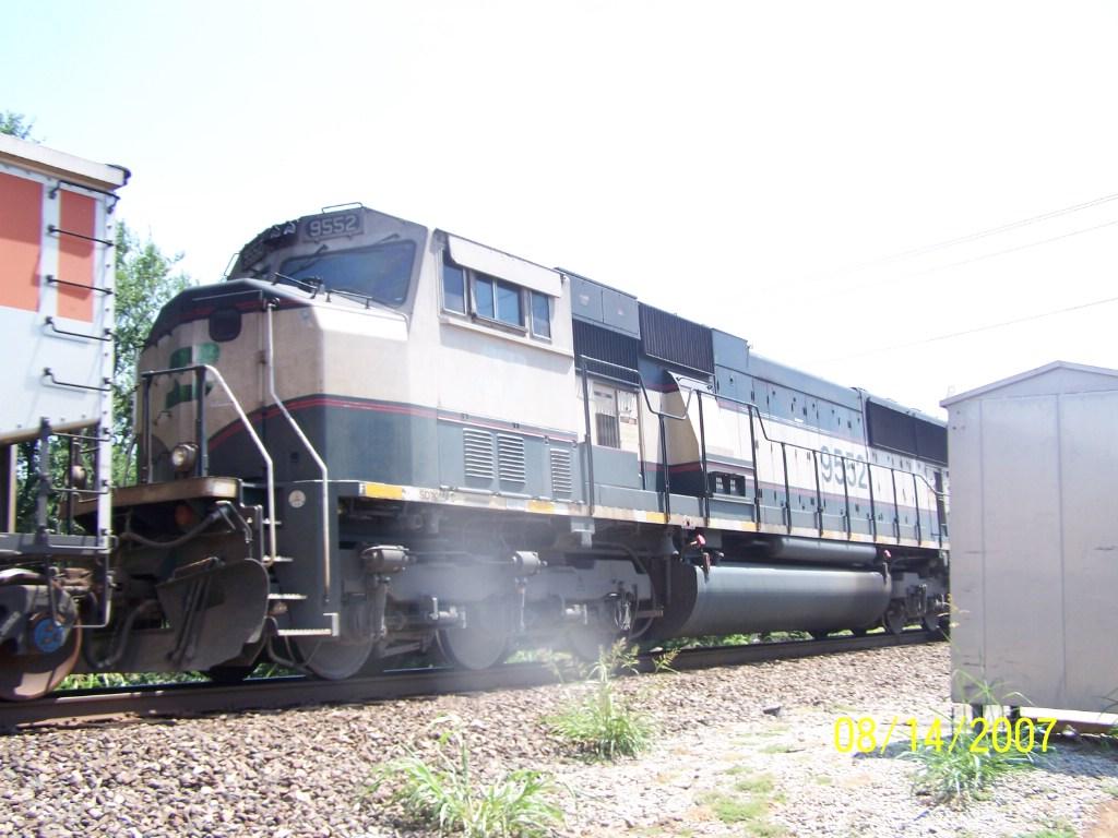 BN SD70MAC 9552