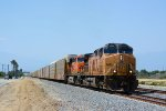 UP 6524 BNSF 5795 Climbing Beaumont Hill