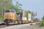 UP 6531 On NS 282 Northbound