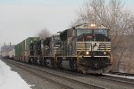 NS eastbound with nice lashup