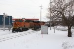BNSF 7102 & 6667 cross over Eastern Ave as they drop downgrade through Grand Rapids with Q335