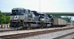 NS SD70ACe 1042