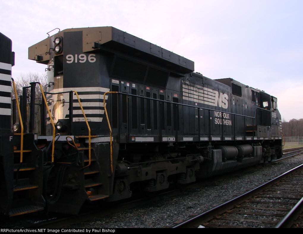 NS 9196 rear