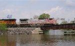 BNSF 880 on the bridge