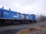 Two patched Conrail SW1500s