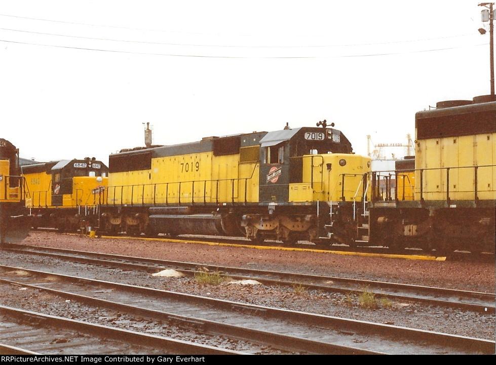 CNW #7019 - Chicago & North Western